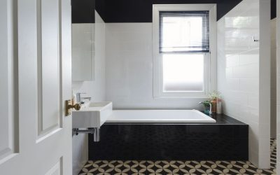 Bathroom Renovating: Traditional Decorating